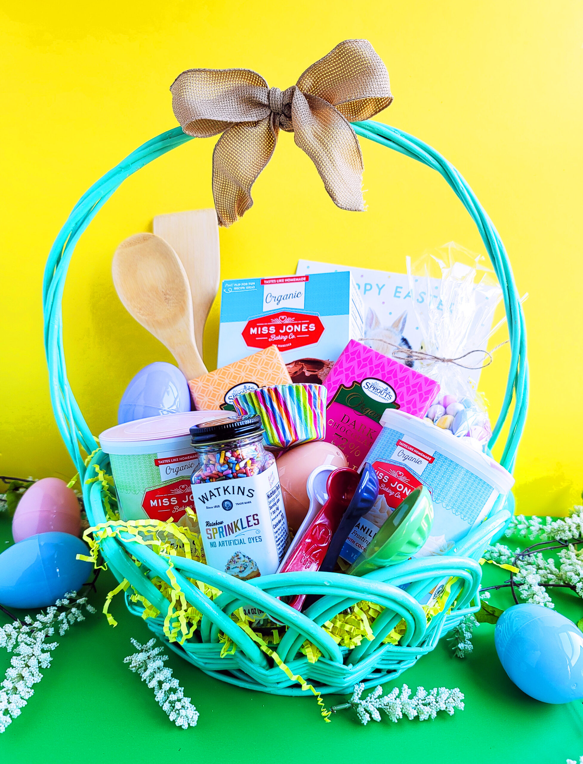 Easter is around the corner, so why not surprise the kids with the super cute DIY Easter Baking Basket.
