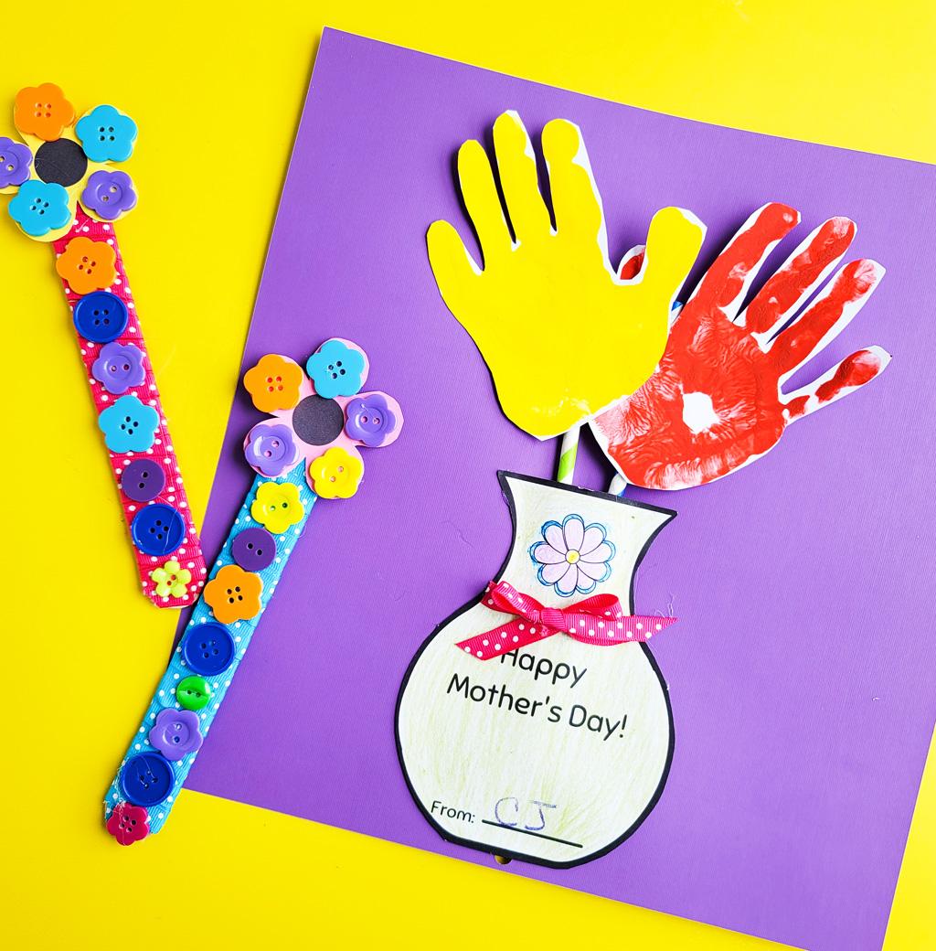 DIY Mother's Day Gift Ideas: Hand Flower Arrangement & Flower Buttons Bookmark littleeatsandthings.com
