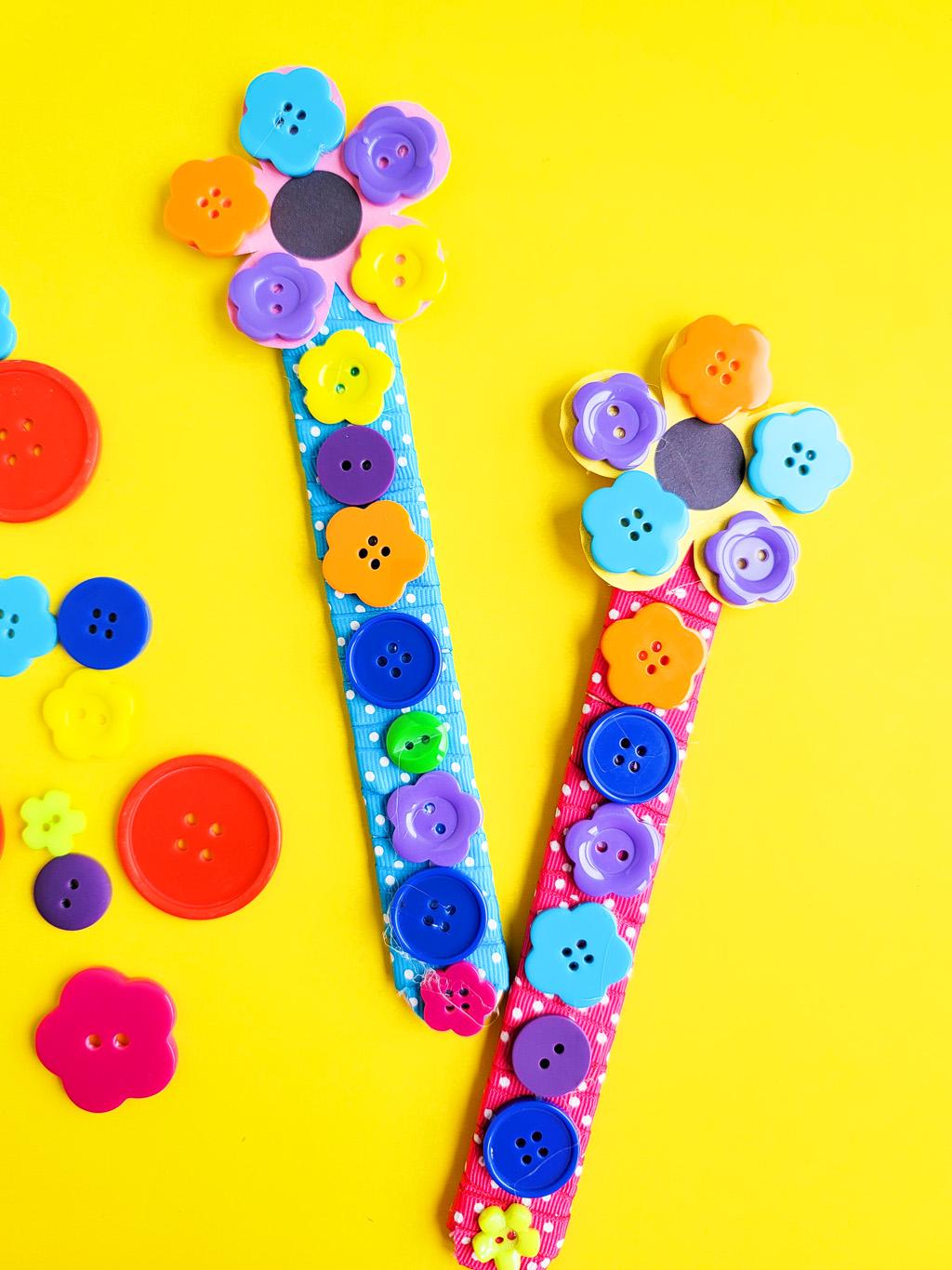 DIY Mother's Day Gift Ideas: Flower Buttons Bookmark littleeatsandthings.com littleeatsandthings.com