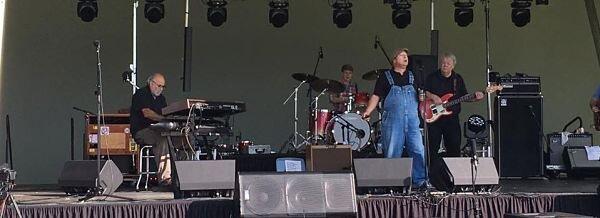 Paramount Blues Festival 090117 2 (004)_opt.jpg