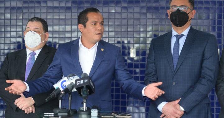 Ministro de Hacienda acepta que mintió sobre el FODES