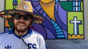 """""""Un pedacito de El Salvador en Miami"""". Compatriota pinta su segundo mural en famoso barrio de Wynwood"""
