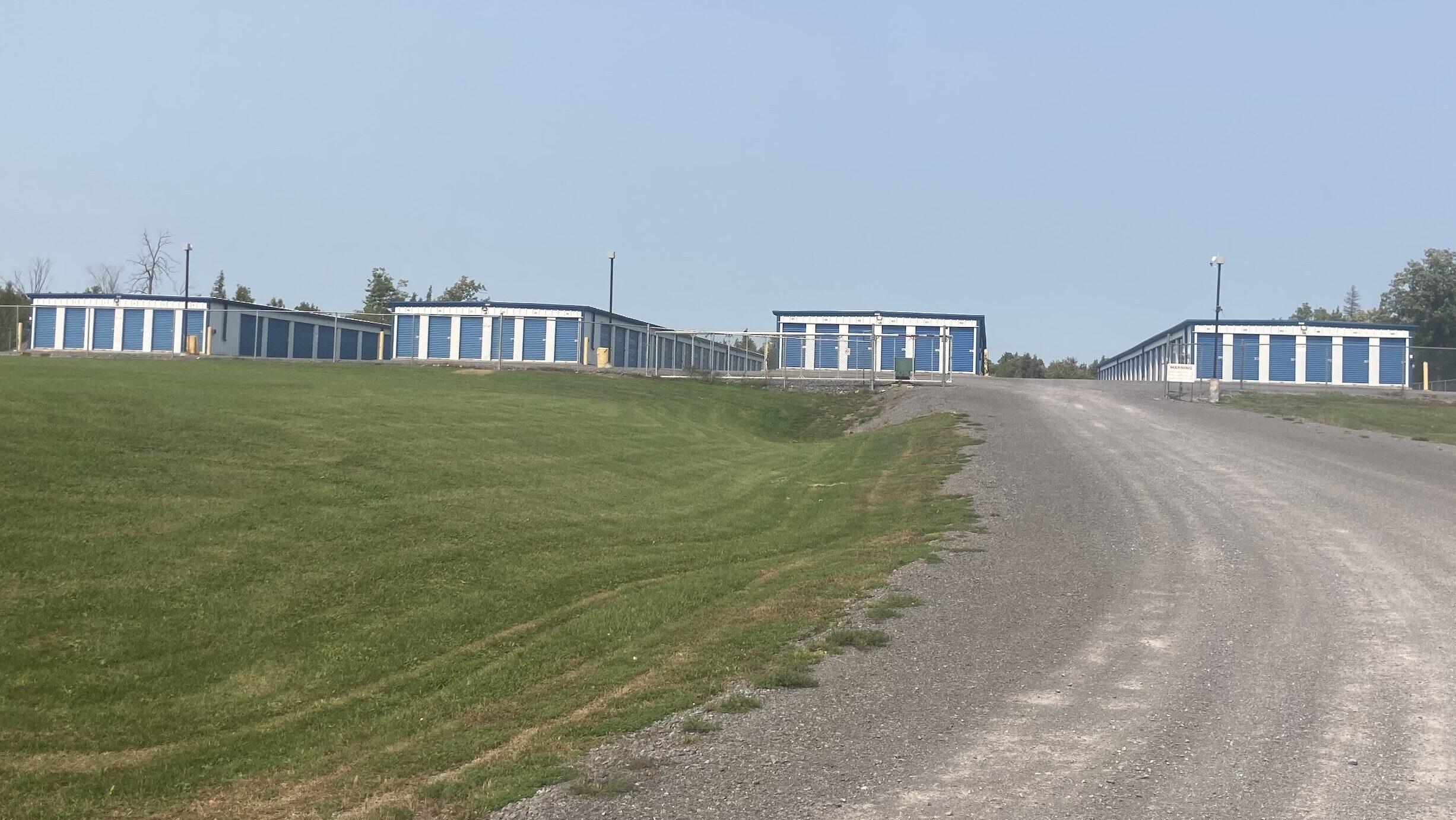 Glenvale & Harrowsmith Storage - Storage Unit Sizes (5′ x 10′ | 10′ x 10′ | 10′ x 15′ | 10′ x 20′)
