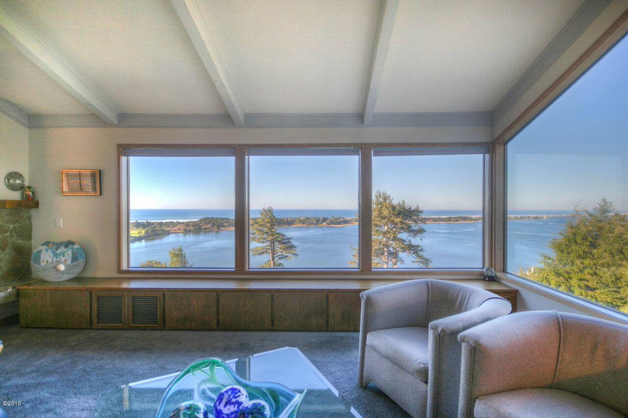 Condos with a view of Gleneden Beach, OR