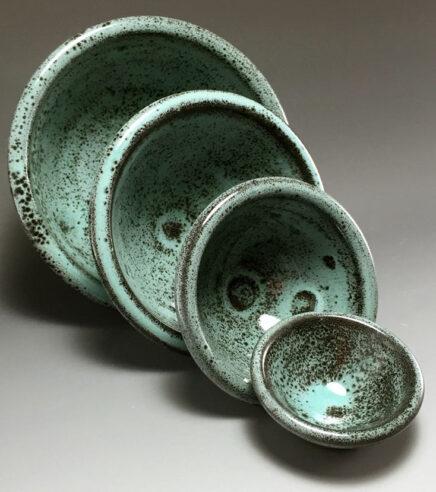Pottery set of bowls