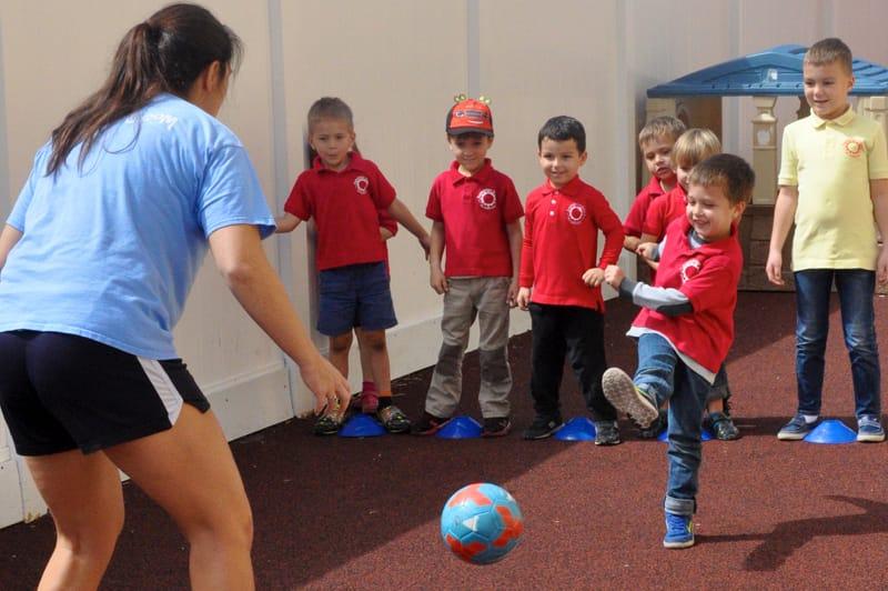 Soccer play ssa