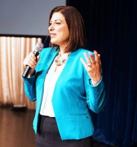 woman corporate speaker - Monique Tallon