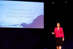female inspirational keynote speaker