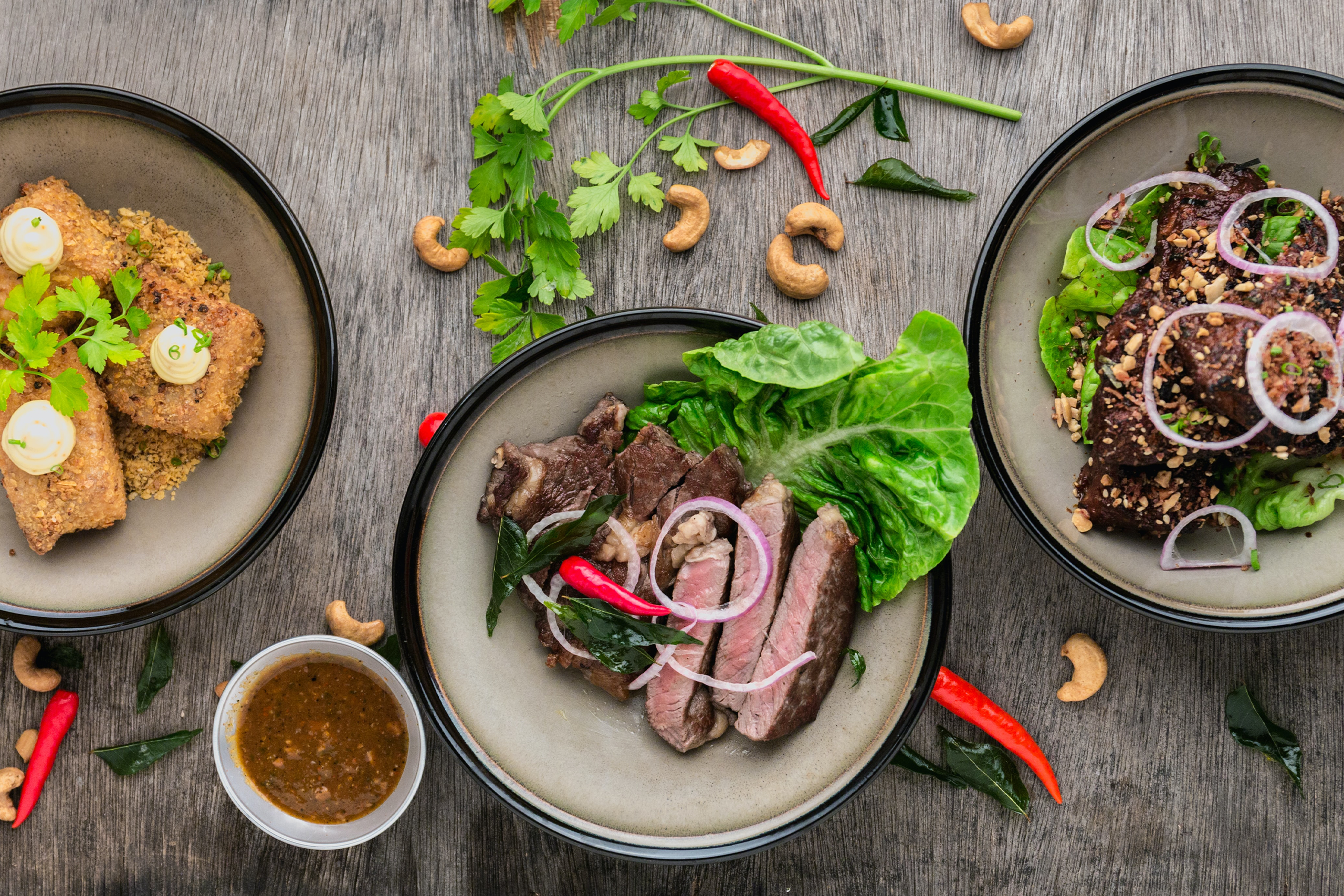 Grilled Steak & Onion Salad