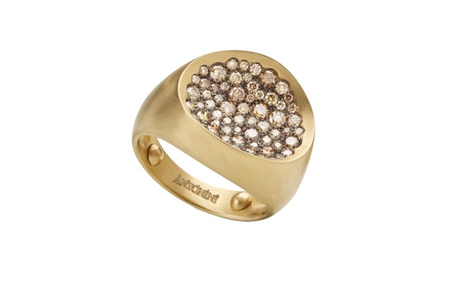 Ring in 18k gold with champagne diamonds from Antonini