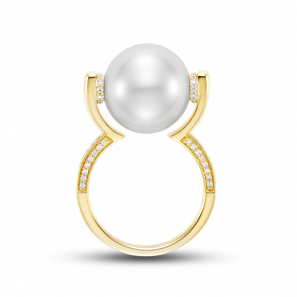 Winner: Floating White South Sea pearl ring by Mastoloni
