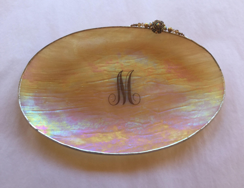 Vintage Engraved oval