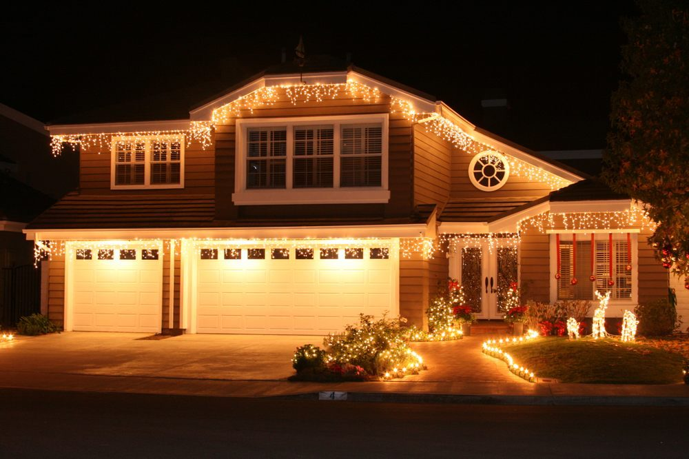 Santa's Holiday Lighting