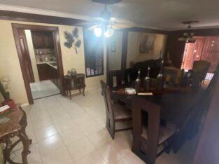 Se vende casa Santiago