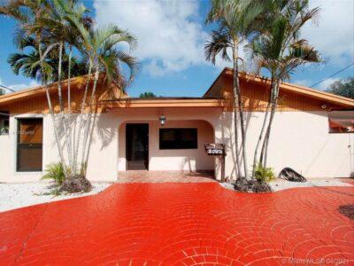 Efficiency Studio near Coral Gables