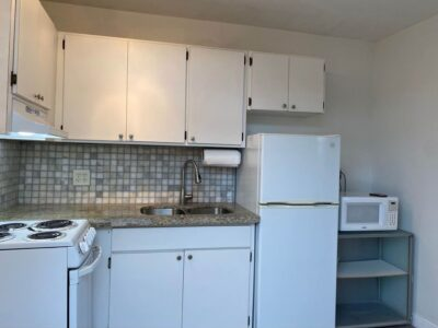 Apartment for rent Marlins Park area.