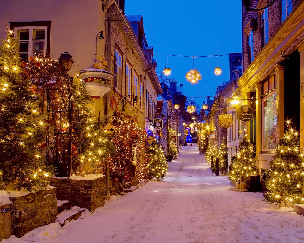 where to travel for christmas, top christmas destinations, top christmas cities, top holidat destinations, cozy christmas cities