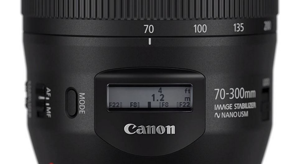 After mirrorless camera, Canon brings 70-300mm lens with LCD display