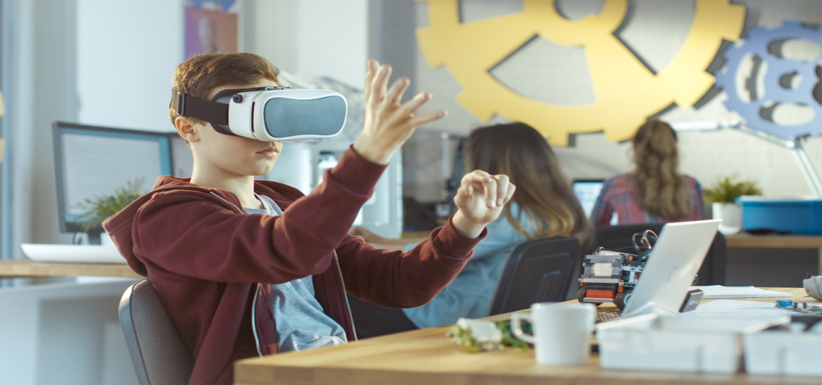 Oculus Pilot Program Brings VR To Educational Setting