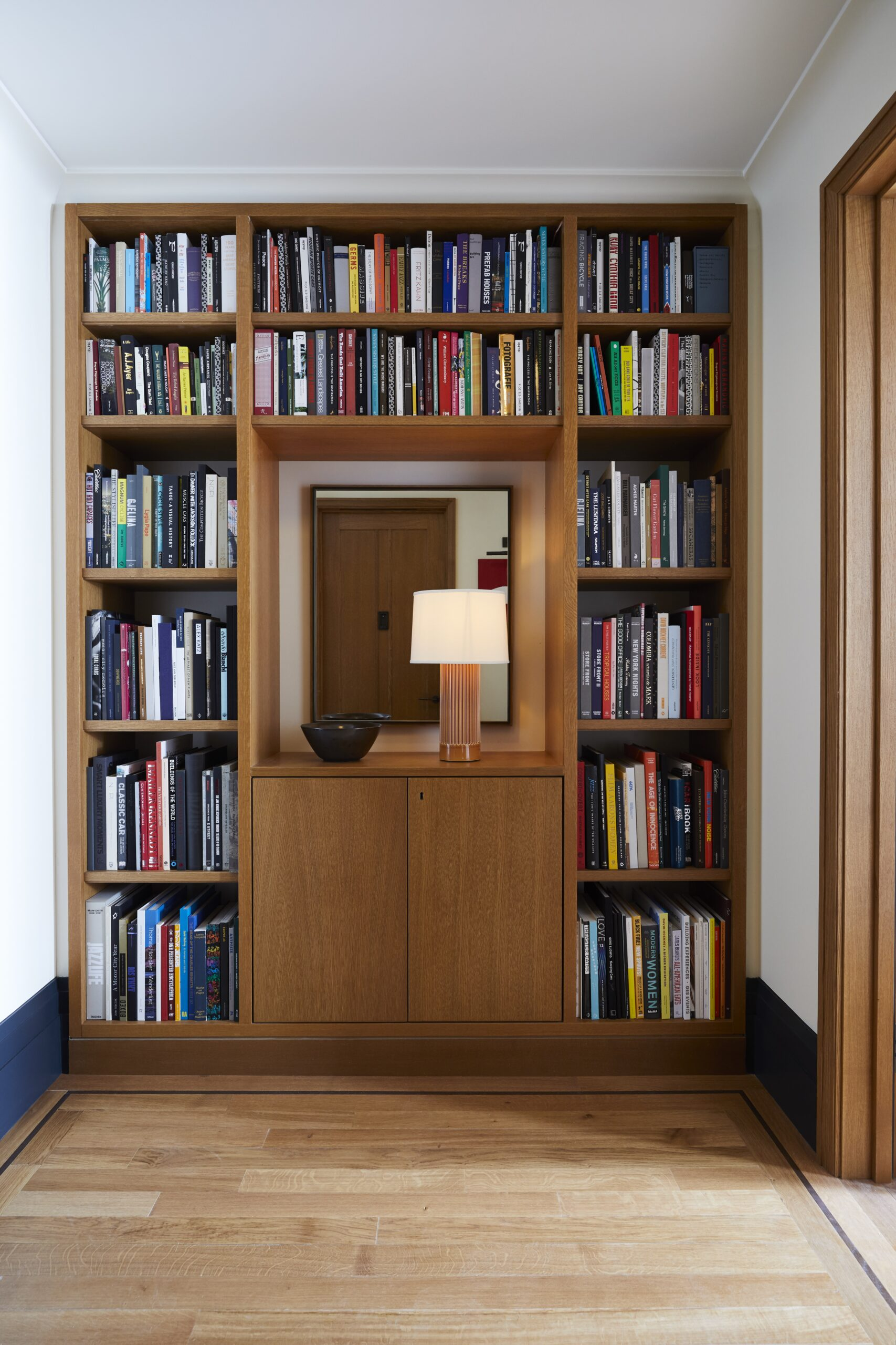 Shinola_Room_707_Library_010