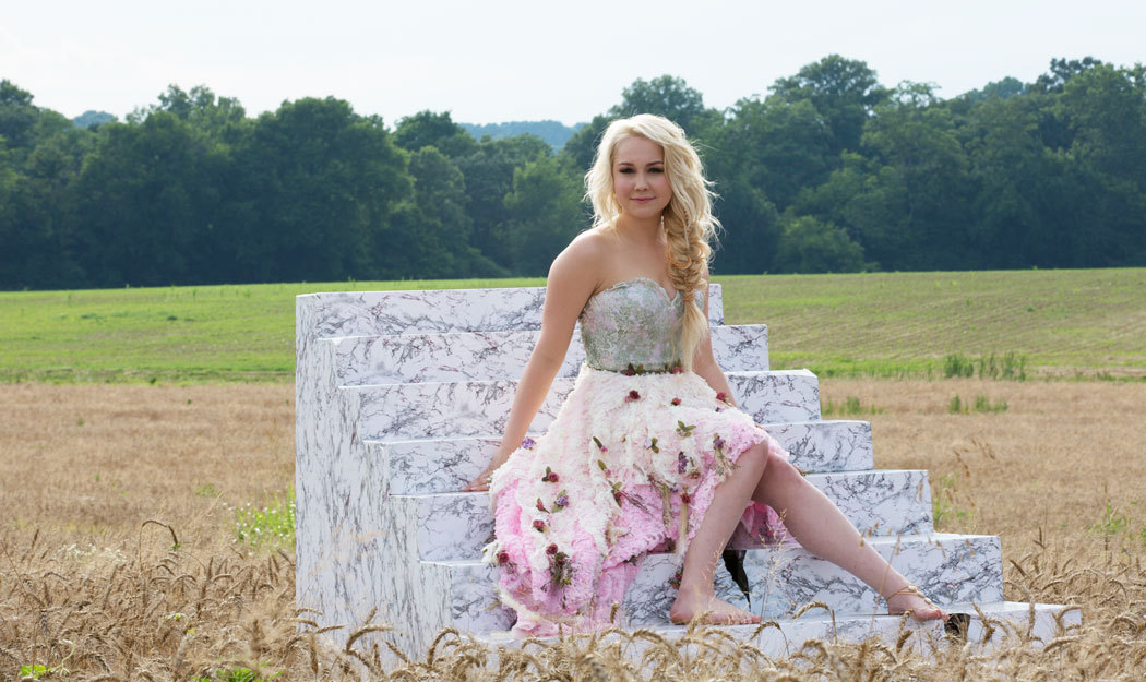 Female Country Music Artists Sticking to Their Values