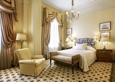 Hotel-Grande-Bretagne-Guest-Room