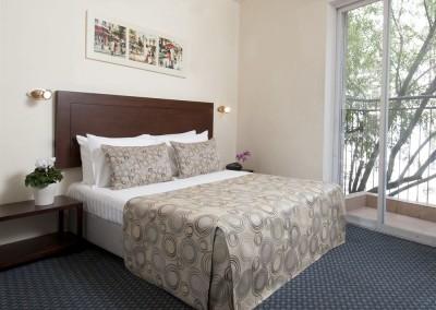 Jerusalem Inn room