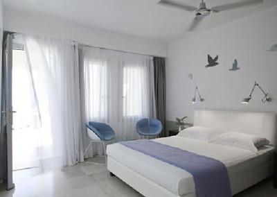 The Majestic Room - Santorini
