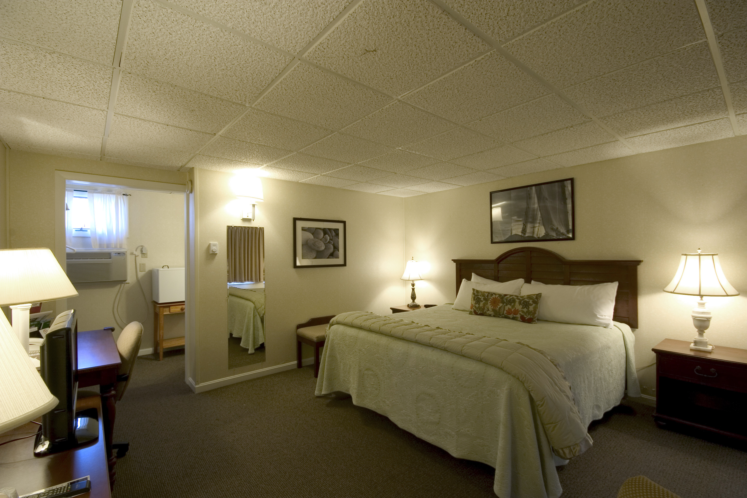 Town Motel - Room 1,2,5,6