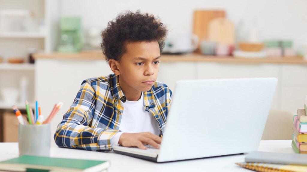dca_kid-at-laptop