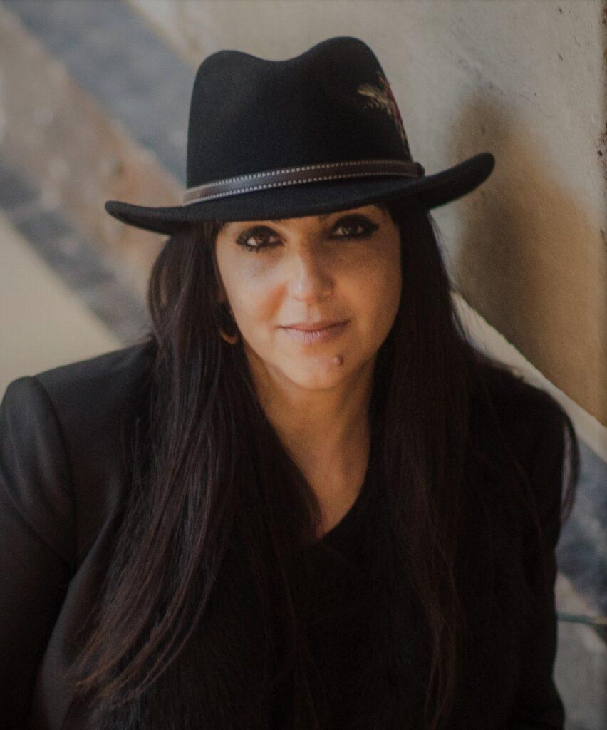 Headshot of Tariana Navas-Nieves