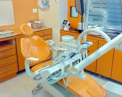 Shaikh Kareem Bux Dental Clinic, Amir Nishan, Aligarh