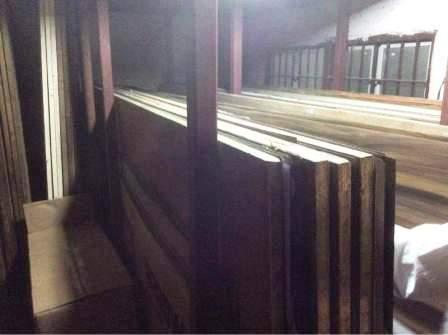 Plywood shop Khair Road, Aligarh,
