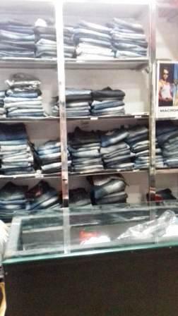 Multi Brand Garments Shop Aligarh