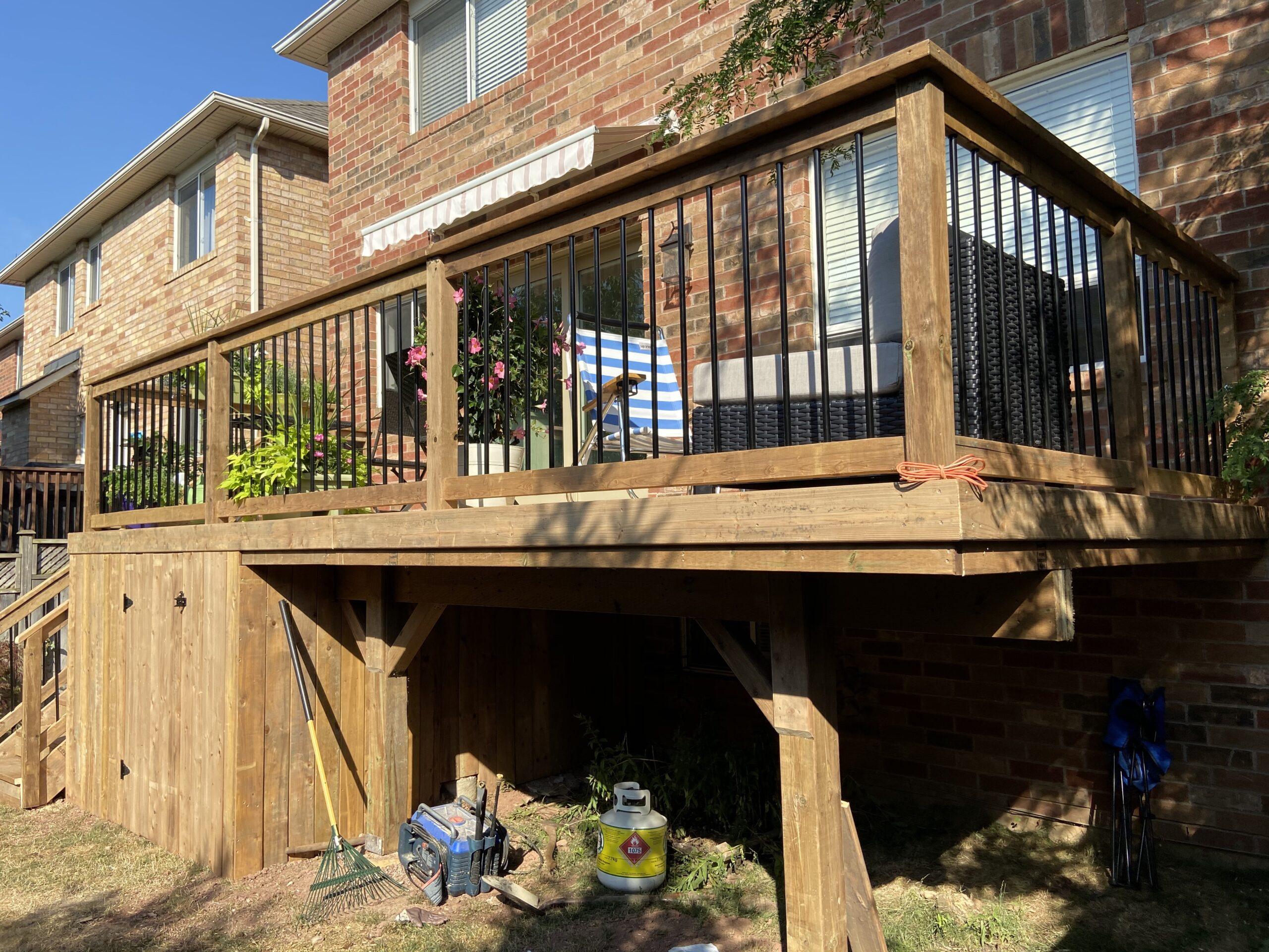 Mississauga Deck Builder