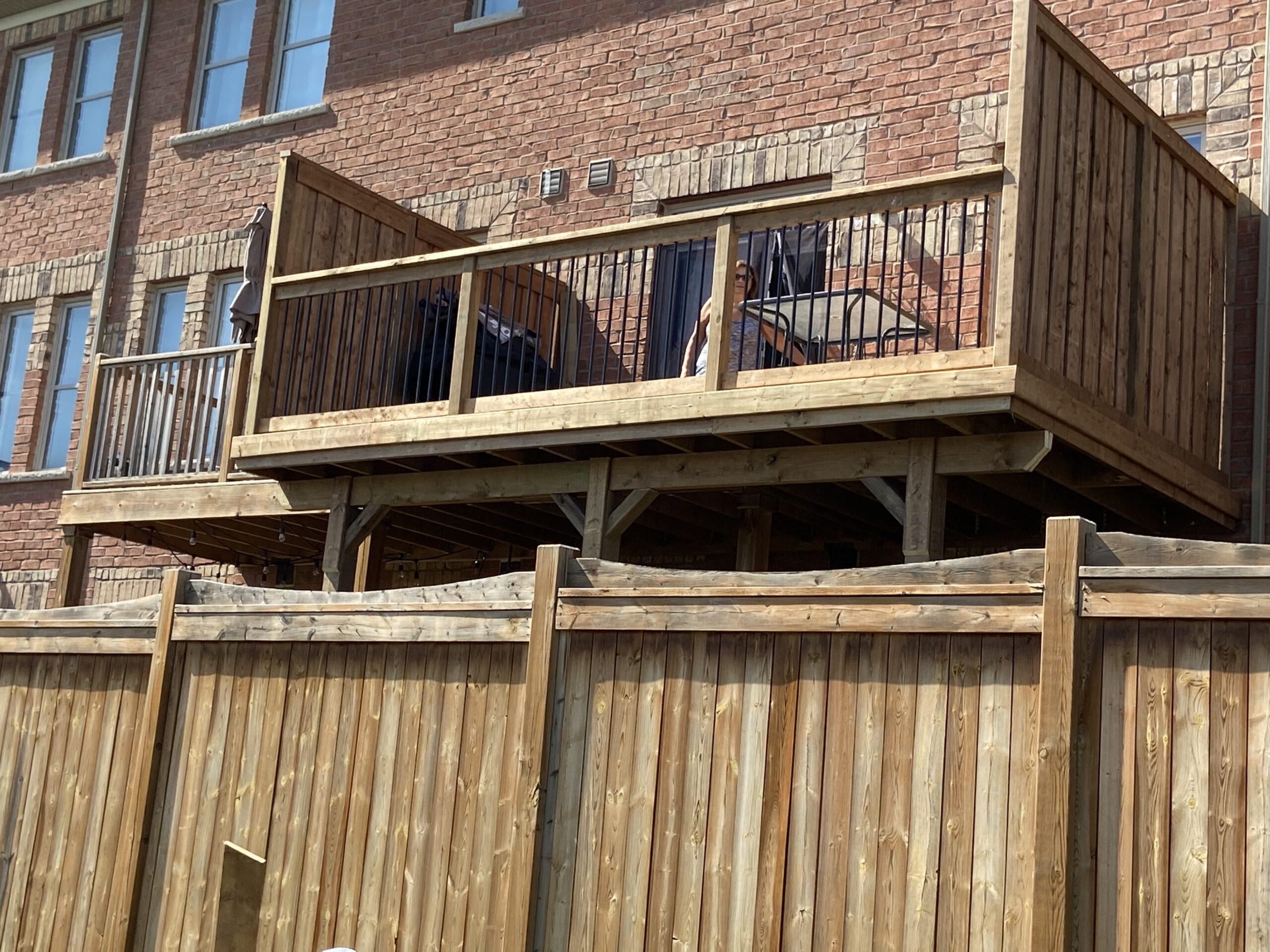 Vaughan Deck Builder