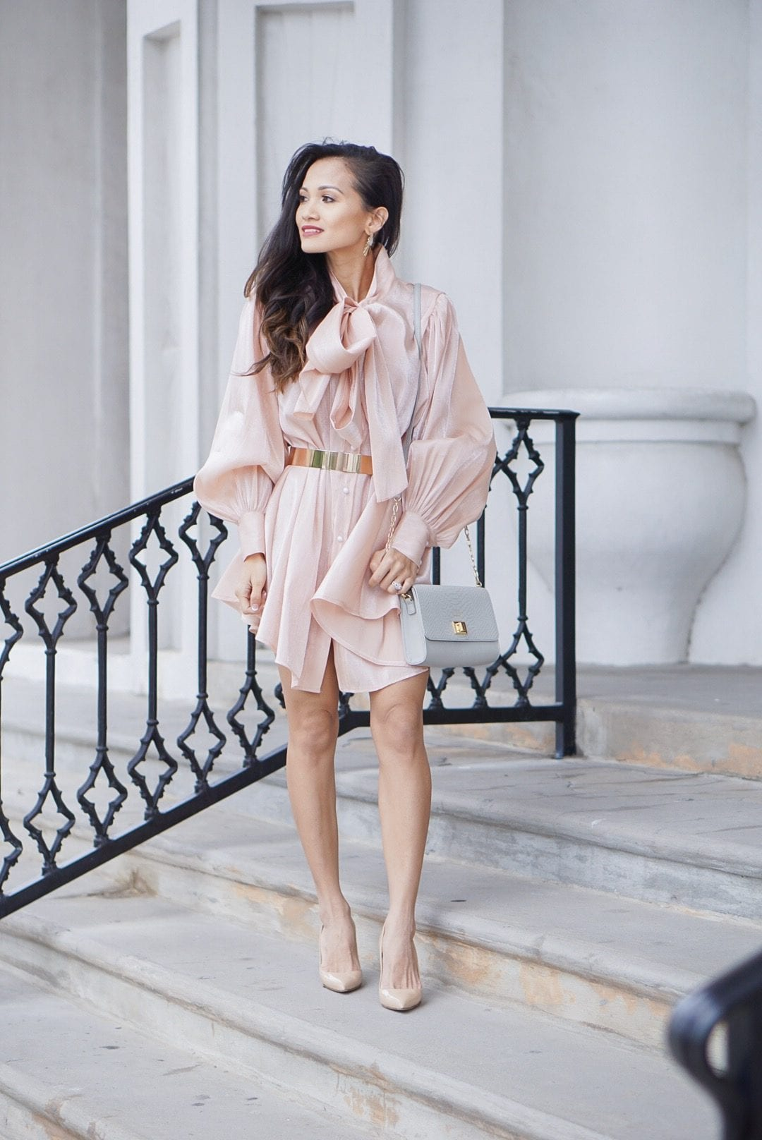 bow tie dress, pink tunic, #workwear, summer style, puff sleeves, Manolo blanik, Kendra Scott earrings, Gigi New York bag, interns, #bloggingtips, blogging tips, hiring interns, interviewing interns