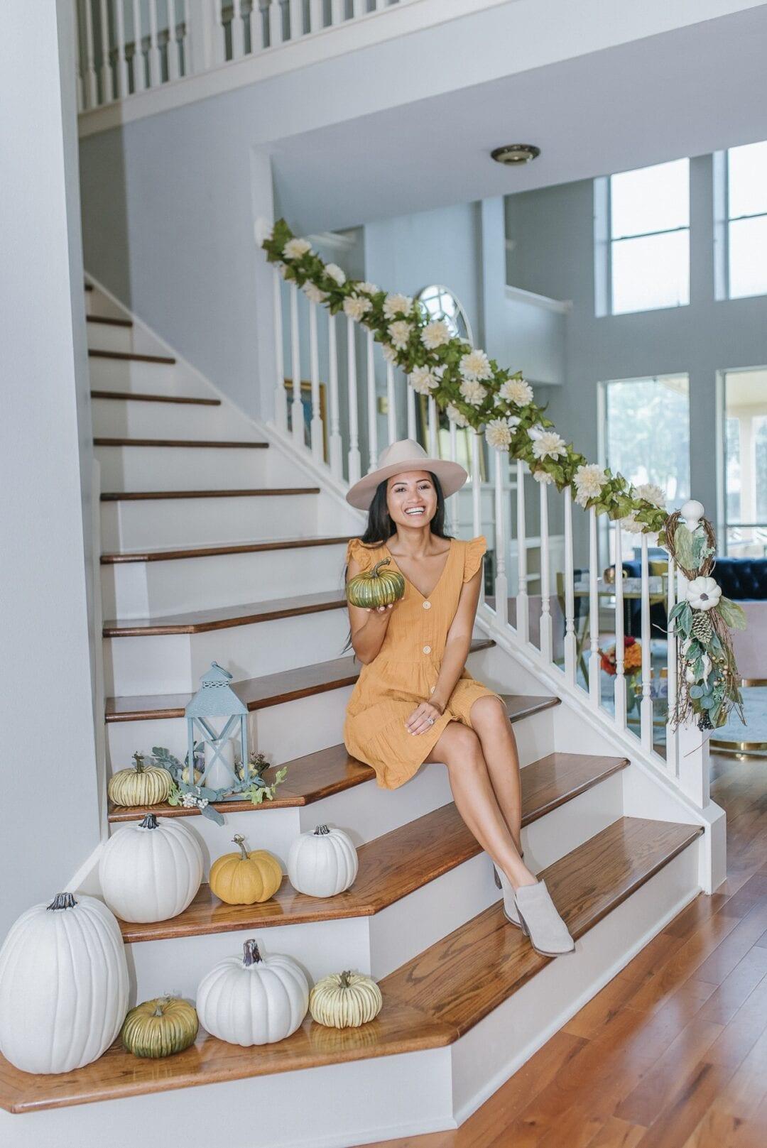 stairway decoration, fall decoration, pumpkin decoration