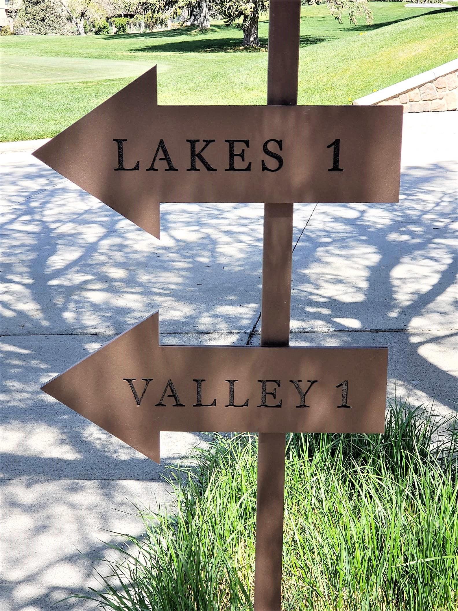 Hidden Valley Arrow Signs