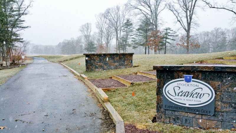 Golf Course Entry Signs -Seaview