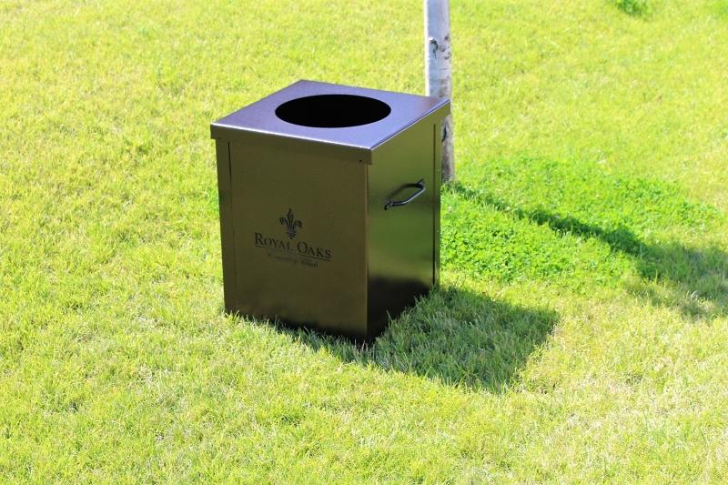 Garbage Can Enclosures _ROYAL OAKS
