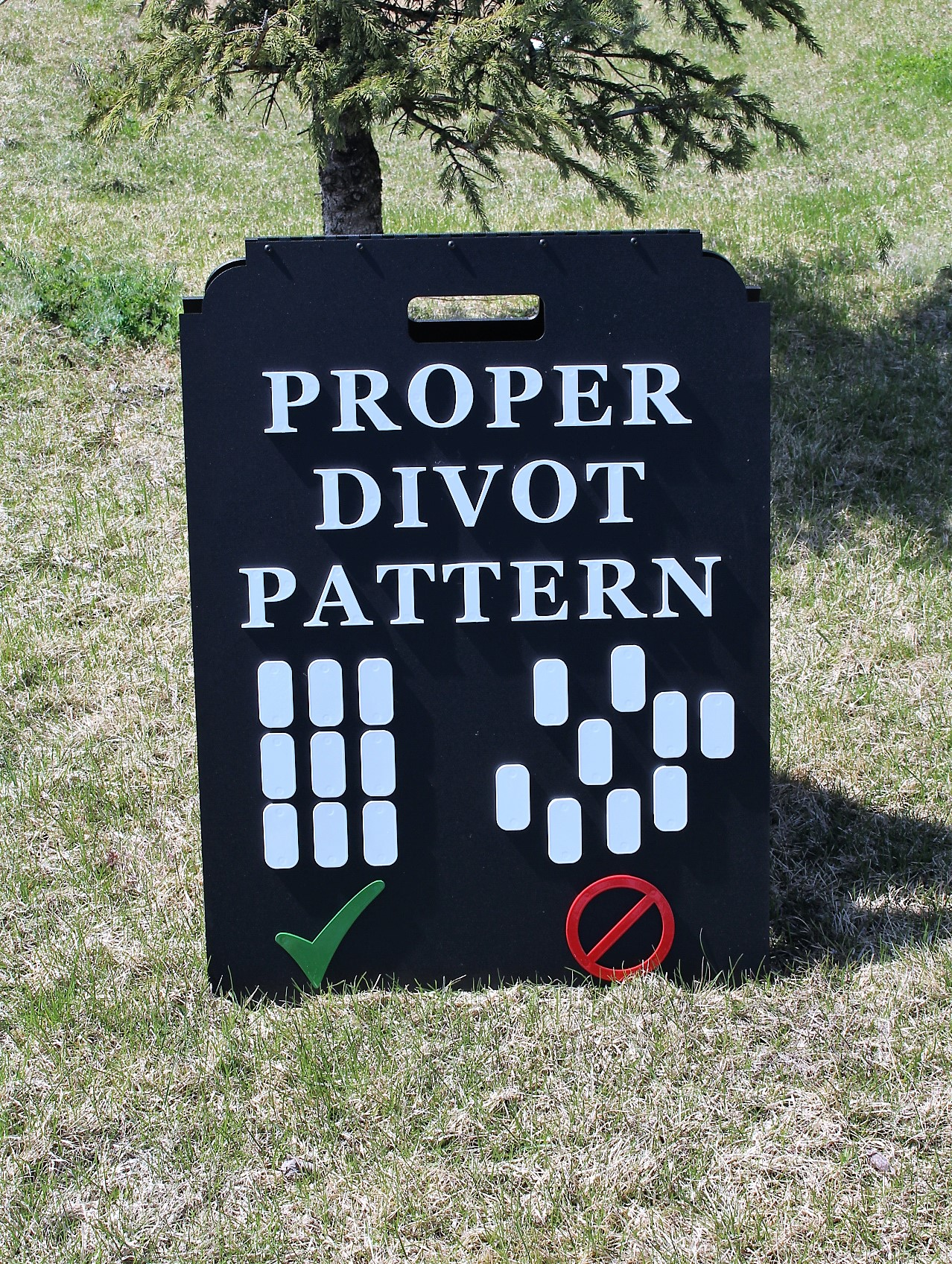 Proper Divot Pattern Sign -CC of Sioux Falls