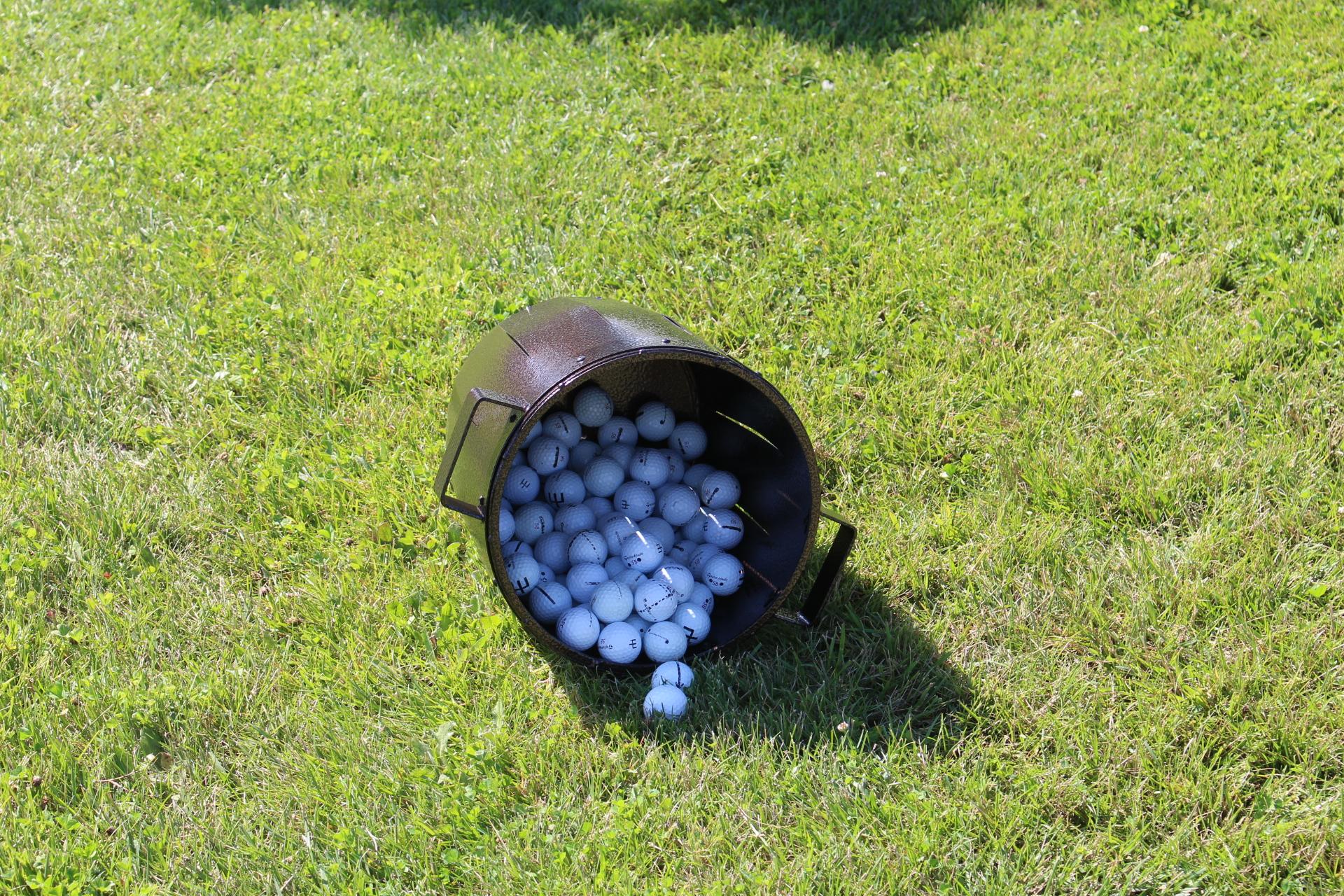 Shady-Oaks-Ball-Bucket-3