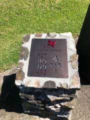Tee Sign Monument -Kapalua