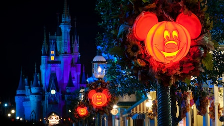 "Mickey's Not So Scary Halloween Party - Our 5 Favorite ""Not So Scary"" Disney Moments"