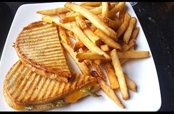sandwich fries