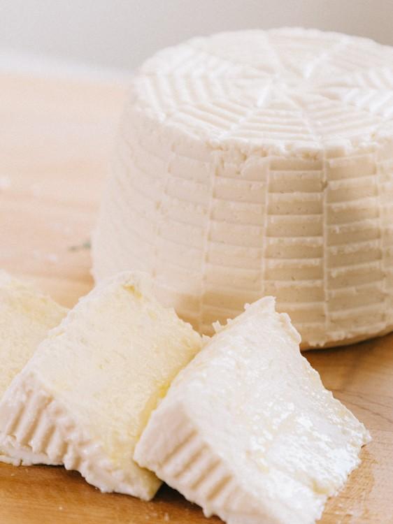 fresh basket_cheese -1