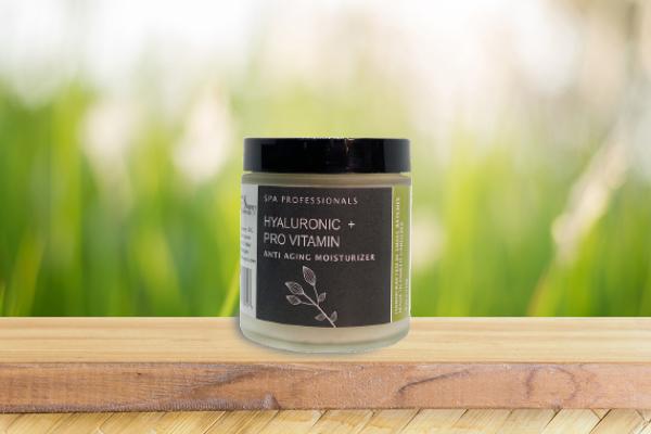Hyaluronic + Pro Vitamin Anti Aging Moisturizer