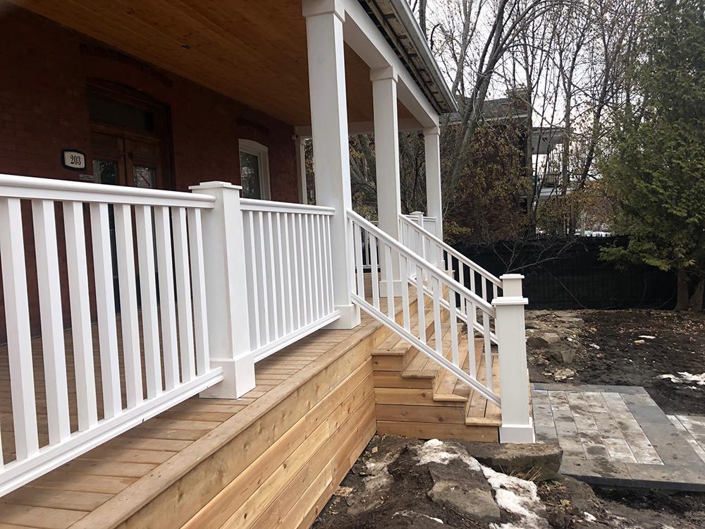 Lachine Front Porch