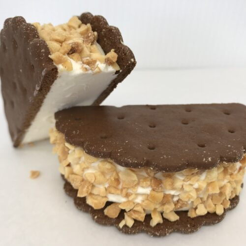 Wafer Cookies With Vanilla Ice Cream And Chopped Peanuts
